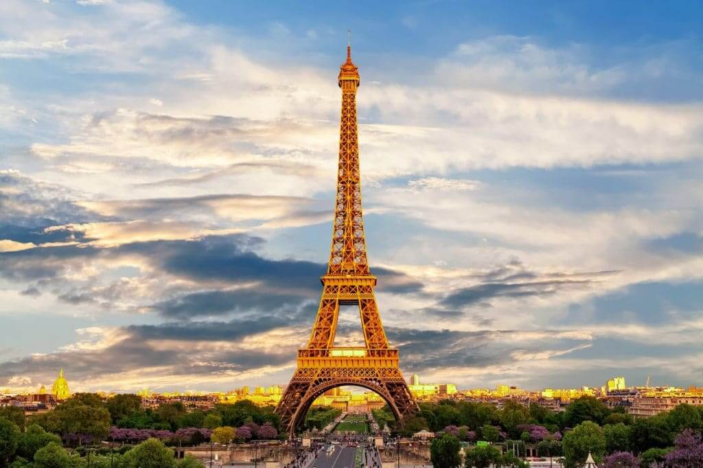 The Eiffel Tower - a symbol of France and French translation
